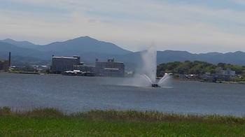 翠湖の噴水.jpg